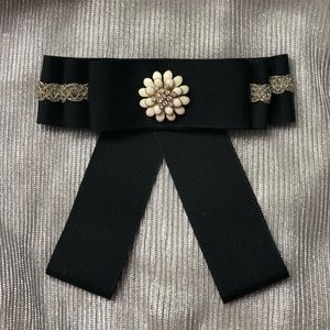 Bow Brooch/ Black, cream and gold colors